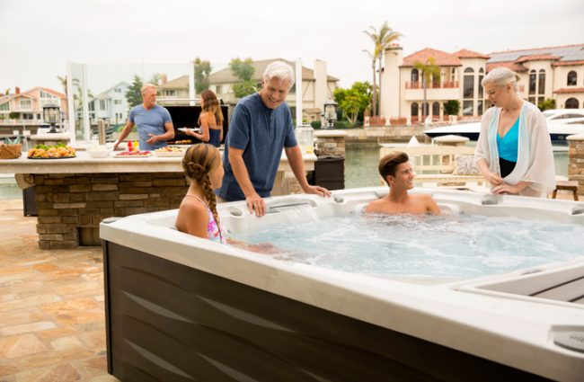 hot tubs for six plus people